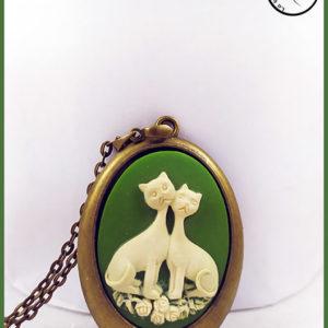 Pendentif camee chats création la Boîte à Chats
